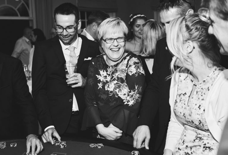 4 Great Reasons to raise Funds With a School Casino Night.