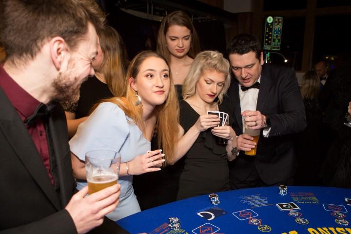 Three Daggers Casino 25 Small